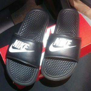 Nike Benassi JDI Slide Slipper Sandals